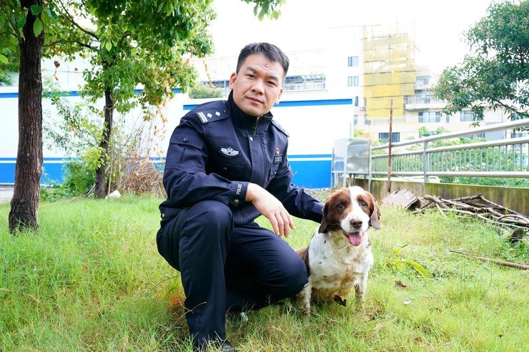 """""""警犬队长""""何士涛:别样刑警与犬共""""舞""""18年!"""